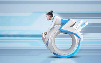 donna va su moto del futuro